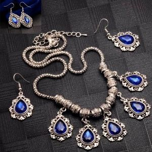 Jewelry - Jewelry Set Crystal Flower Charm Choker Chunky